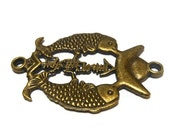 "Double fish focal connector, antiqued brass-finished, 37x31mm, double fish and ingot design, Chinese characters for ""Treasures fill the home"