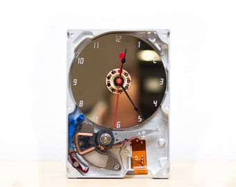 Desk clock made of a recycled Computer hard drive - HDD clock - ready to ship - c5900