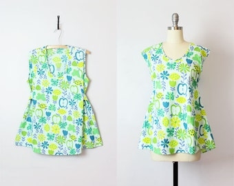 vintage 70s novelty print top / apple fruit print tunic top / blue floral cotton shirt / butterfly blouse / tie back top / Garden Salad top