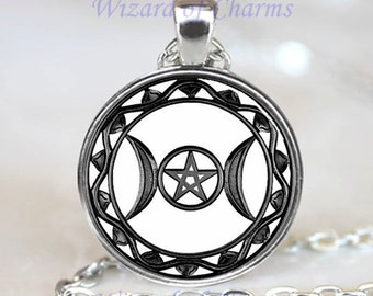 Triple Moon Goddess Pendant, Triple Moon Goddess Necklace, Triple Moon Goddess Jewelry,  Triple Moon Goddess Charm, Silver (PD0124)
