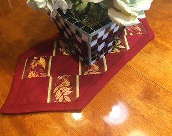 Handmade Maroon with Leaves Fall Harvest Leaf table runner for fall, thanksgiving, Autumn, home decor by MarlenesAttic