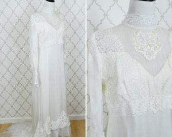 Vintage 1960's White Wedding Dress - Victorian Style High Neck Wedding Gown - Soft Silky Lace Dress -  Ladies Size Medium