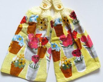 Flower Pots Crochet Top Kitchen Hand Towel Set of 2, Housewarming Gift, Towel Toppers