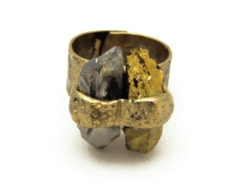 Beautiful Heat-Treated Gold Natural Quartz Point Stone Adjustable Hammered Brass Ring