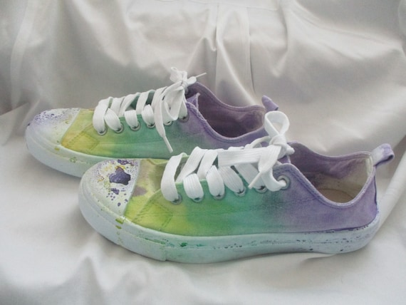 s tie dyed paint splattered canvas shoes by