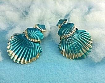 Blue gold seashell hair clip, blue mermaid clips, mermaid hairpiece, seashell hair accessory, seashells for hair, silver shells, beach bride