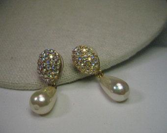 Vintage Gold Tone Pave & Iridescent Pearl Drop Pierced Earrings - Aurora Borealis Rhinestones