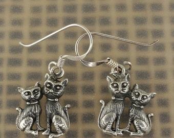 ON SALE 12% Sterling Silver Cute Kitty (Feline Cat) Earrings