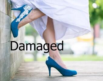 Slightly Damaged - Teal Wedding Shoes - Blue Wedding Heels, Bridal Heels, Blue Pumps, Teal Heels, Teal Pumps with Ivory Lace. US Size 7.5
