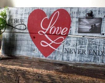 Rustic Love Sign - Pallet Art - Clip Frame -  Love Pallet Sign - Reclaimed Wood Sign - Wood Plank Sign