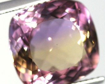 natural ametrine 6.22 carat cushion purple gold Gemstone Bolivia
