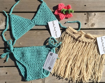 Crochet luau, hula set. Grass skirt, triangle bikini. Custom size and colors. Worldwide shipping. Made in Canada. Hibiscus flower clip
