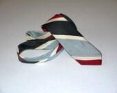 Vintage 50s 60s necktie tie / skinny narrow slim / 1950s rockabilly 1960s mad men / rat pack Beatles teddy boy / black red silver gray cream