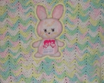 Sweet Baby Vintage Afghan with Bunny on it ,Vintage Baby Bedding, Vintage Afghan for Baby, Bunny, Rabbit,  :)S