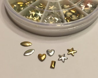 400 piece metal silver and gold nail art wheel mix, 5-7 mm (S3)