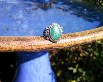 Vintage Sterling Silver Ring with Green Stone