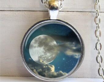 Full Moon Necklace, Moon Pendant, Moon Charm, Full Moon Jewelry