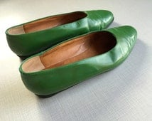 Robert Clergerie Rare Green Patent Flats 8 1/2 Made in France