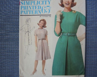 vintage 1960s Simplicity sewing pattern 5050 one piece dress size 14