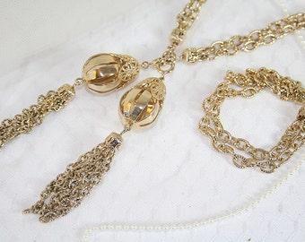 Vintage Avon Necklace Bracelet Belt Set in Original Box A Number of Looks for One Price