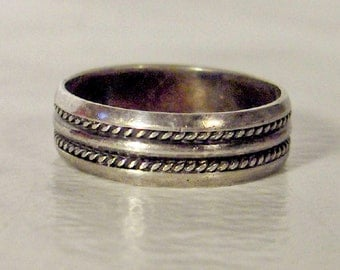 Vintage Sterling Rope Band        Size 6.5 Ring    Width 5mm