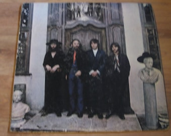 The BEATLES Again, The Beatles Hey Jude, 33 rpm vinyl record Album, Apple So-385, made in USA, recorded in England