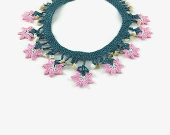Crochet Necklace Pink Oya Flower Necklace Crochet Necklace Oya Lace Necklace Floral Jewelry, crochet Jewelry, Boho Chic Statement Necklace T