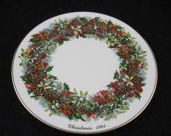 Lenox Colonial Christmas Wreath Series, Virginia 1981, First in Limited Series of 13 Vintage Plates for 13 Colonies, Boxed