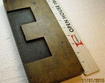 "10""vintage wood type upper case E. Excellent old wood type letter!!"