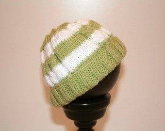 Cable Knit Baby Hat, Gender Neutral Baby Hat 3 - 6 months, Cable Knit Beanie, Green White Baby Beanie, Green Stripe Infant Hat