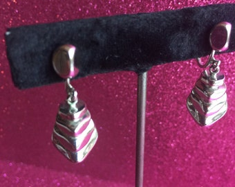 Layered Silver-tone Vintage Screw-back Earrings