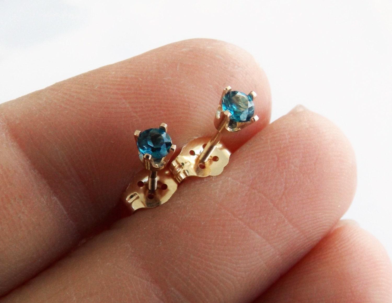 london blue topaz earrings solid gold topaz earrings 14k. Black Bedroom Furniture Sets. Home Design Ideas