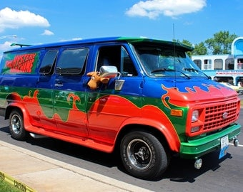 The Mystery Machine I (FREE SHIPPING in the U.S. only)
