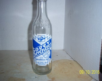 1963 Bogey Beverages Thompsonville, Conn Enemy Aircraft 8 oz clear Blue White acl painted label soda bottle
