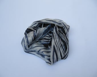 Bllack end white hand dyed natural silk scarves 20 x 70,8 in