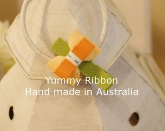 baby hair bow / toddler hair bow / little girls hair bow / infant hair bow / infant hair clip / ribbon hair clip / baby hair accesory