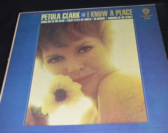 Vintage Vinyl Record Petula Clark: I Know a Place Album W-1598