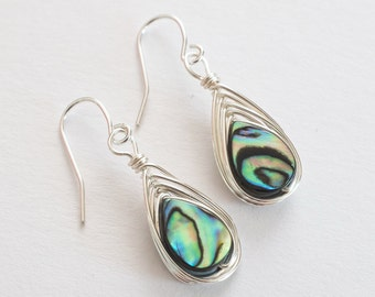 Peacock Earrings, Abalone Earrings, Dangle Earrings // Earrings //Tear Drop Earrings, Peacock Jewelry, Blue Earrings, Long Earrings