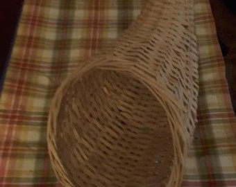 Vintage  cornucopia basket