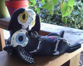 The Kiss, Day of the Dead Bunny Lovers