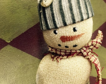 Primitive Mini Snowmen