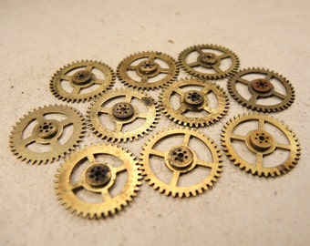 Small Brass Clock Gears - Steampunk Jewelry Findings - set of 10 - G161