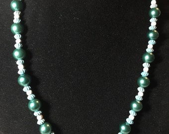Green  Crystal and Pearl Beaded Necklace