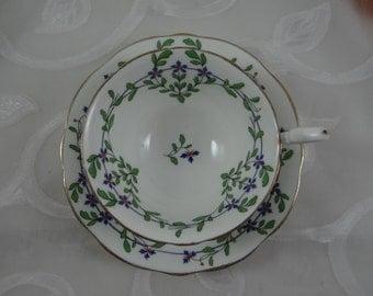 Vintage 1930s Aynsley English Bone China Teacup English Teacup and Saucer - Delightful Tea Cup
