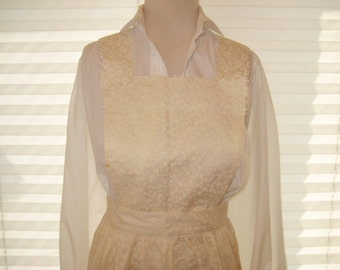 Eyelet lace full apron, cream light tan apron, vintage country apron, embroidered apron