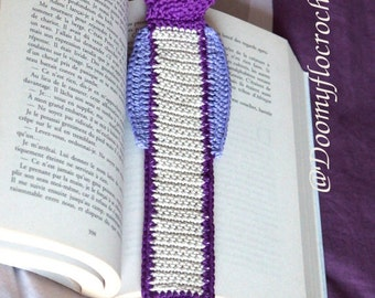 owl crocheted bookmark in textile