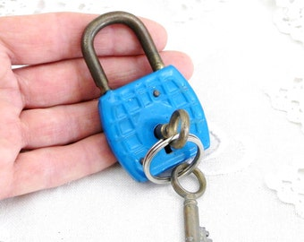 Vintage Working French Blue Padlock with 2 Working Key / Industrial Decor / Retro Vintage Home Interior / Steampunk / Mid Century / France