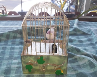 Collectible Birdcage Music Box. (Plays Edelweiss) L@@K!!!