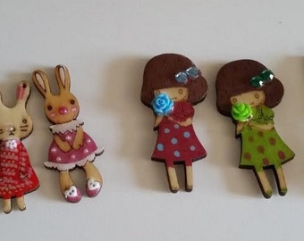 Gorgeous Wooden Brooches