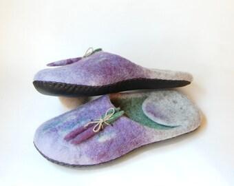 Women's wool slippers - Lavender art slippers - Felted slippers - Purple handmade  slippers - Summer slippers -  Gift for her - 8.5 US